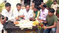 RJD workers celebrate Lalu Prasad Yadav's 72nd birthday
