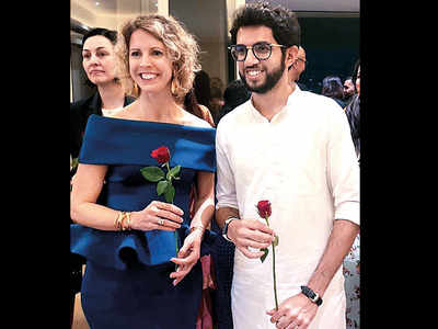 Aaditya Thackeray, Piloo Tata, Nivedita Saboo among others attend French consul general Sonia Barbry's cocktail evening