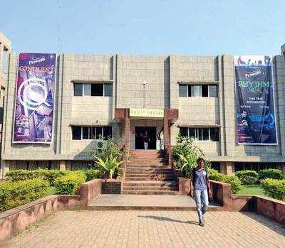 College sacks staffer from wrong dept, dragged to HC