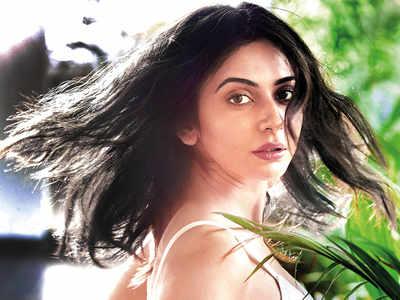 Rakul Preet Singh rues finding out about the cancelled shoot of her upcoming film after Arjun Kapoor tested Covid-19 positive, only on boarding the flight