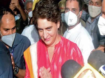Priyanka Gandhi Vadra, Rahul Gandhi manage to meet bereaved families in Lakhimpur