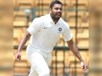 Avesh Khan, Atit Sheth bowl IOC to victory; Solanki, Digvijay star for Reliance 1