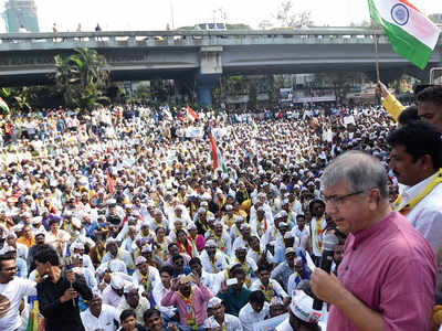 'CAA is also against 40% of Hindus'