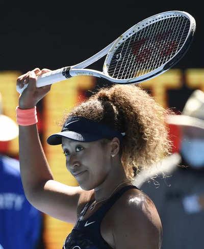 Naomi Osaka beats Serena Williams in Australian Open semifinals