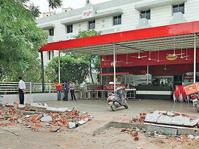 AMC demolition drive reaches Sattadhar