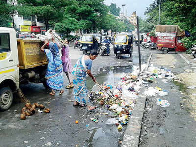 Sanitation staff sans safety gear threaten civic body with 'work from home' decree