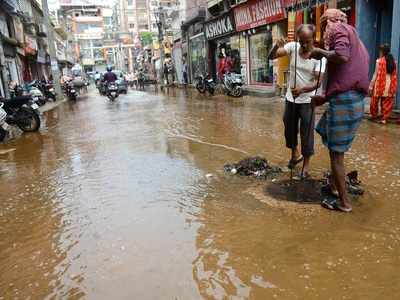 BMC cautions citizens against opening manholes to avoid tragedy