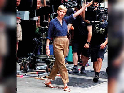 Michelle Williams dons a kolhapuri chappal in style!