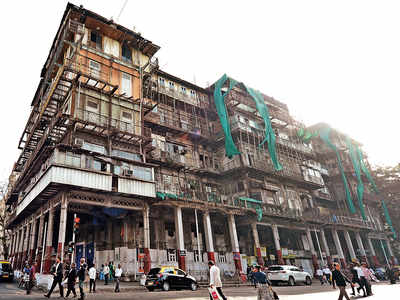 IIT-B audit report sounds death knell for 155-year-old Kala Ghoda building, says Esplanade Mansion is dilapidated beyond repair