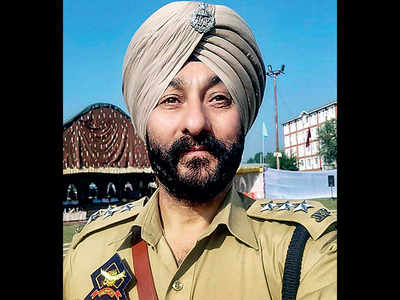 Suspended JK cop Davinder Singh sent to further custody till Apr 3