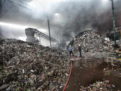 Pune: Municipal corporation's garbage processing plant in Ambegaon set on fire, allegedly by locals