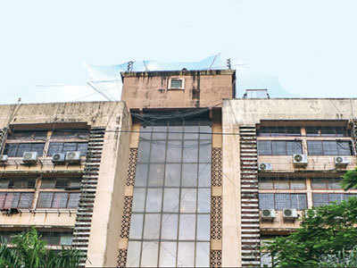 Mumbai: Neonatal care centre and playschool in a building without OC