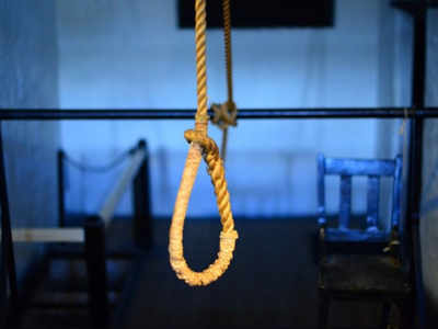 Boy, 19, booked for driving 17-yr-old to suicide in Naroda