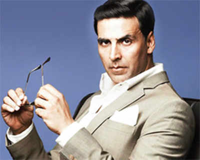 Around the world in the '50s with Akshay
