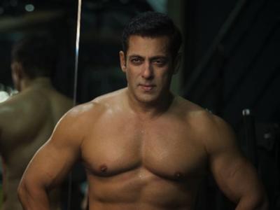 Watch: Salman Khan whips himself as crew members look on
