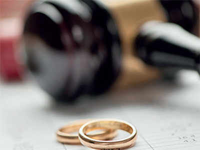 Gujarat: Husband cheated me of Rs 13.5 lakh, tricked me into a divorce