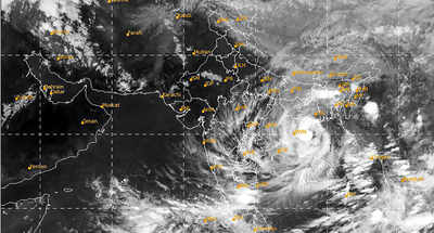 Live updates: Over 10 lakh evacuated as cyclone Yaas intensifies into 'very severe cyclonic storm'