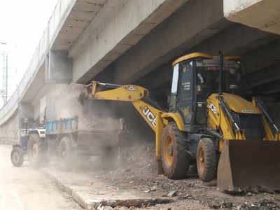 NHAI plans to lodge complaint against BBMP for garbage burning under Allalasandra flyover