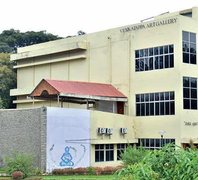Artists oppose govt's plan to raze Venkatappa Art Gallery