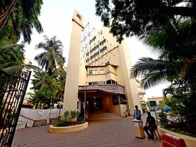 Guru Nanak Hospital asks staff on Covid duty to pay bill for medicines