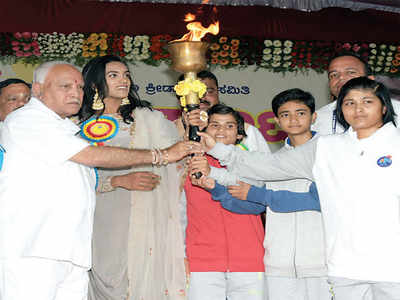 PV Sindhu inaugurates Yuva Dasara sports event