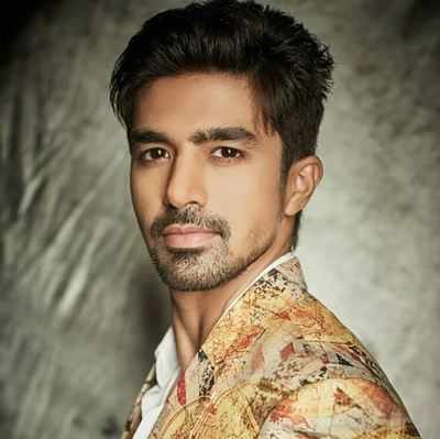 Saqib Saleem to celebrate birthday with sister Huma Qureshi and family