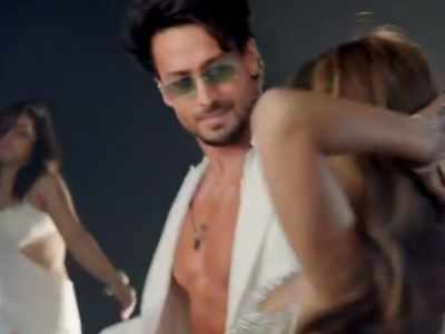 Tiger Shroff drops new song Casanova