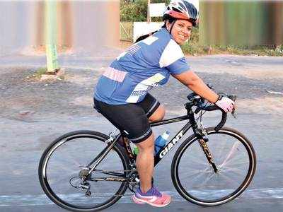 Woman who couldn't ride a bicycle five years ago races as champ