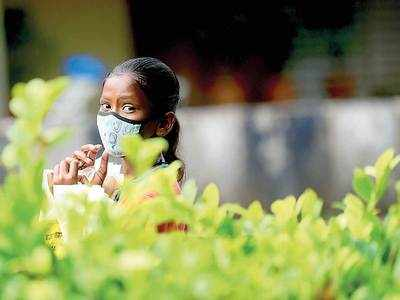 Pune: Active cases mount as 820 people test positive