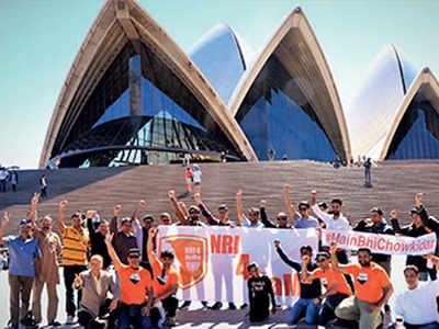 NRIs flock to Gujarat, root for Modi as next PM