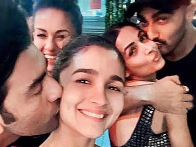 Alia Bhatt-Ranbir Kapoor, Malaika Arora-Arjun Kapoor kiss and tell