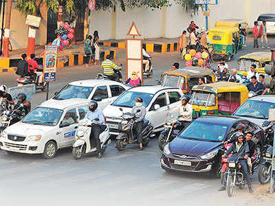 Better traffic sense sees 30% drop in accidents, Ahmedabad registers least incidents in last 5 years