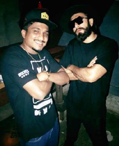 Ranveer Singh records a rap song for Zoya Akhtar's Gully Boys