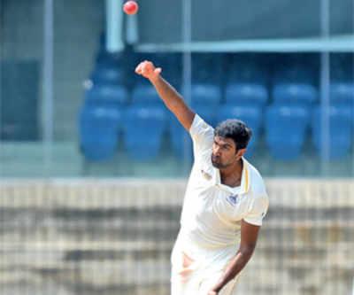 Chopra hits 338 for HP