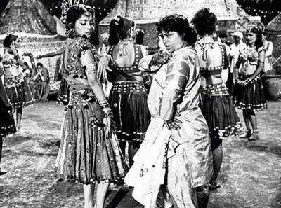 Remembering Saroj Khan: How 'Masterji' redefined Bollywood with these iconic dance steps
