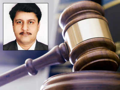 Bombay High Court quashes judge's plea against discharge order