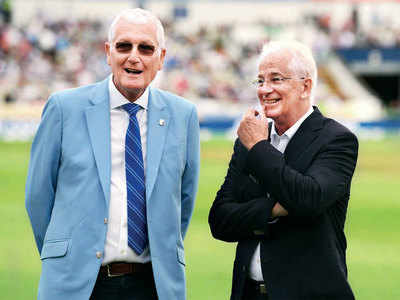 England great David Gower pays tribute to former captain Bob Willis