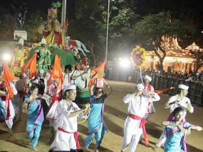 Allow public performances or help us meet financial needs: Folk artists from Maharashtra to govt