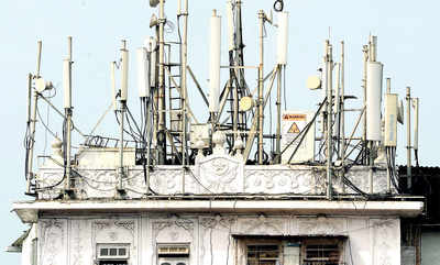 Karnataka: Two arrested for stealing batteries worth `4.6 lakh from cellphone towers