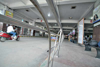 Digital screens at five bus stations from January