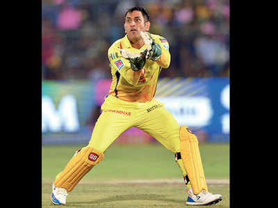 Chennai Super Kings fretting over MS Dhoni's fitness