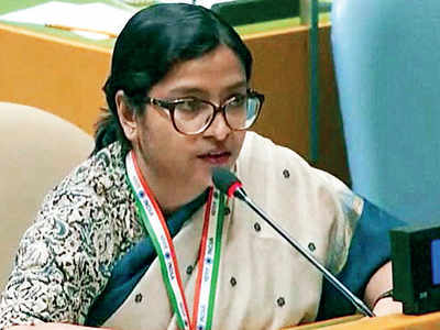 India hits back at Imran for UNGA 'hate speech'