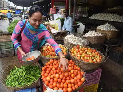 Covid, Cholera fallout: In hunt for customers, two street vendors 'wok' it out