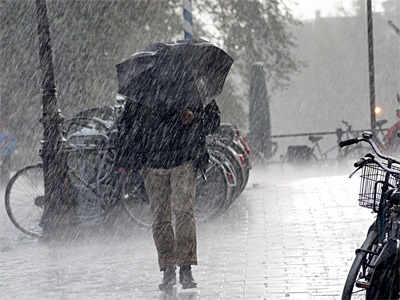 Stay safe from these monsoon illnesses