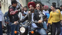 Gippy Grewal and Sargun Mehta took a bike ride in Chandigarh