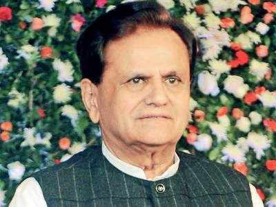 MP Ahmed Patel seeks free ration for poor