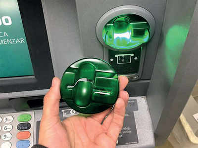 Techie gets skimmed at ATM