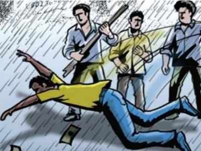 Hyderabad: Man alleges being attacked by cops at a restaurant