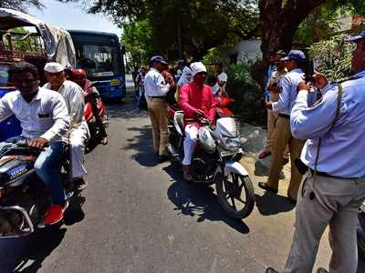 Over 25,000 penalised for helmetless ride in Mumbai amid lockdown