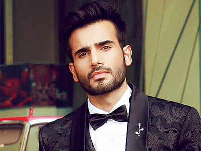 Karan Tacker to play antagonist to Tiger Shroff's hero in Student Of The Year 2